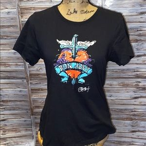 Hard Rock Cafe Bon Jovi T-shirt.     A154